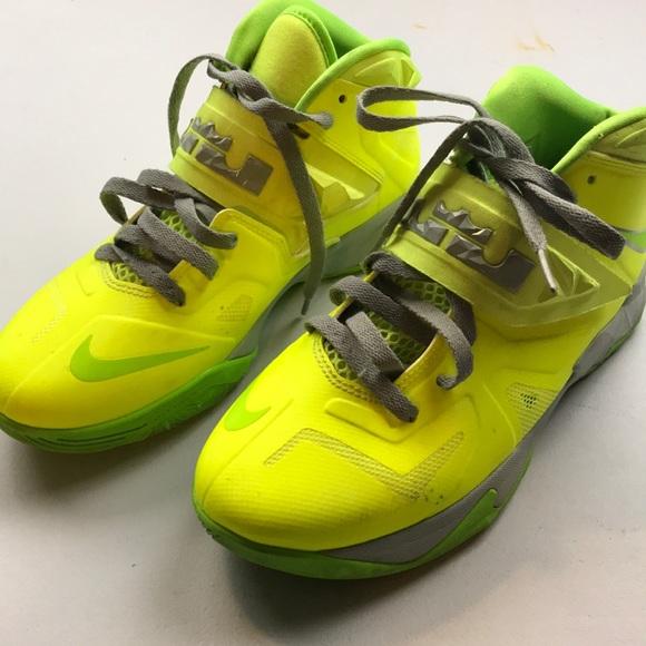 Nike Shoes   Nike L Lebron James Neon